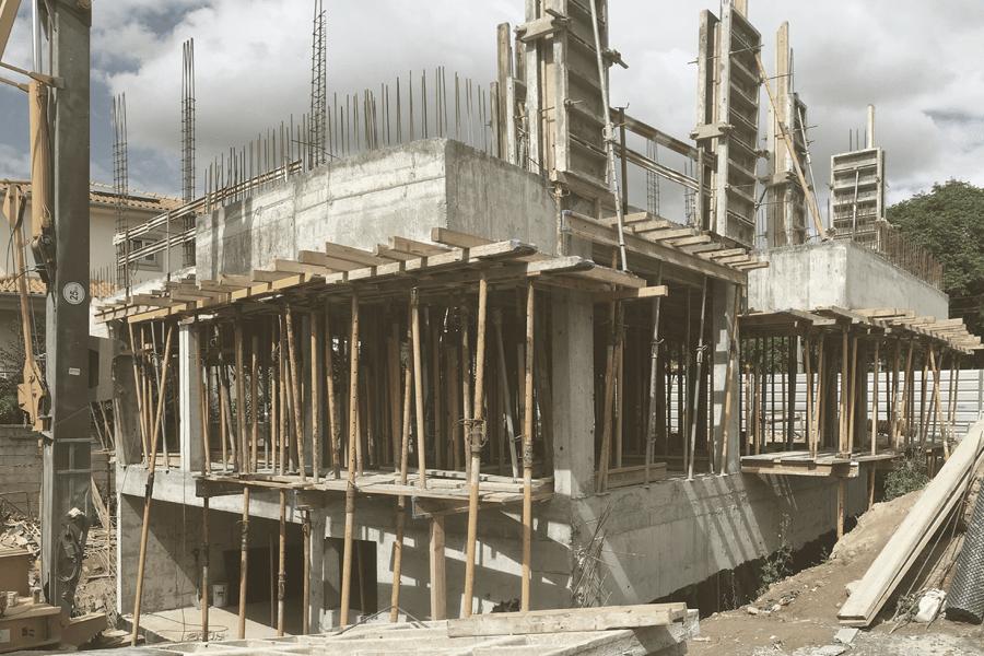 CASA EM TOURIDO construção a decorrer